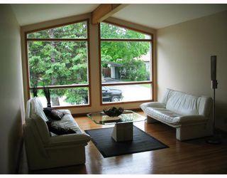 Photo 3: 106 CROFTON Bay in WINNIPEG: St Vital Residential for sale (South East Winnipeg)  : MLS®# 2810007