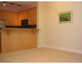 """Photo 3: 4655 VALLEY Drive in Vancouver: Quilchena Condo for sale in """"ALLEXANDRA HOUSE"""" (Vancouver West)  : MLS®# V629628"""