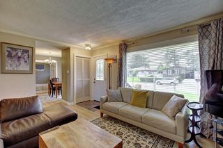 Photo 6: 928 ARCHWOOD Road SE in Calgary: Acadia Detached for sale : MLS®# C4258143