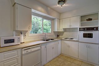 Photo 14: 928 ARCHWOOD Road SE in Calgary: Acadia Detached for sale : MLS®# C4258143