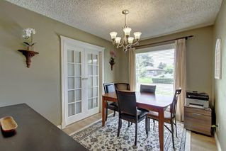 Photo 8: 928 ARCHWOOD Road SE in Calgary: Acadia Detached for sale : MLS®# C4258143