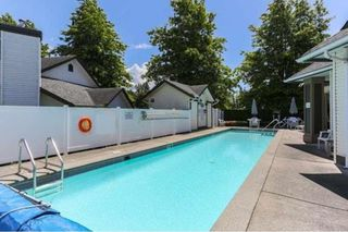"Photo 16: 85 19649 53 Avenue in Langley: Langley City Townhouse for sale in ""Huntsfield Green"" : MLS®# R2399090"