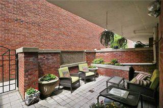 Photo 15: 52 St Nicholas St, Toronto, Ontario M4Y1W7 in Toronto: Condominium Townhome for sale (Bay Street Corridor)  : MLS®# C3518917