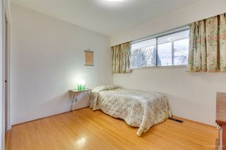 "Photo 11: 972 GARROW Drive in Port Moody: Glenayre House for sale in ""Glenayre"" : MLS®# R2430500"