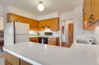 """Photo 14: 972 GARROW Drive in Port Moody: Glenayre House for sale in """"Glenayre"""" : MLS®# R2430500"""