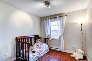 "Photo 13: 407 929 W 16TH Avenue in Vancouver: Fairview VW Condo for sale in ""OAKVIEW GARDENS"" (Vancouver West)  : MLS®# R2435736"