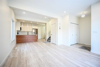 Photo 5: 10713 74 Avenue NW in Edmonton: Zone 15 Duplex Front and Back for sale : MLS®# E4189184