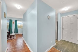 Photo 3: 301 22722 LOUGHEED Highway in Maple Ridge: East Central Condo for sale : MLS®# R2442148