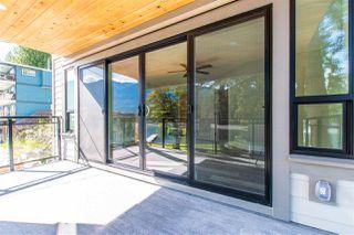 Photo 5: 210A LAKESHORE Drive: Cultus Lake House for sale : MLS®# R2446531