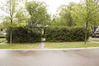 Photo 2: 7803 93 Street in Edmonton: Zone 17 House for sale : MLS®# E4202212