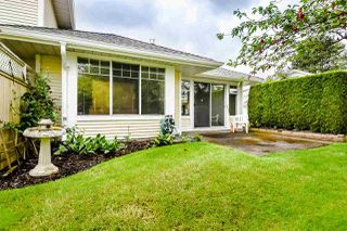 """Photo 3: 21 8737 212 Street in Langley: Walnut Grove Townhouse for sale in """"CHARTWELL GREEN"""" : MLS®# R2470711"""