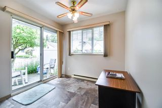"""Photo 10: 21 8737 212 Street in Langley: Walnut Grove Townhouse for sale in """"CHARTWELL GREEN"""" : MLS®# R2470711"""