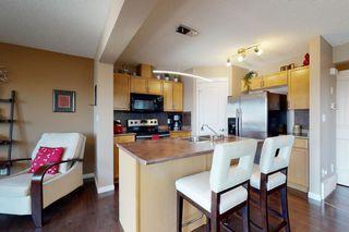 Photo 6: 9061 SCOTT Crescent in Edmonton: Zone 14 House Half Duplex for sale : MLS®# E4208467