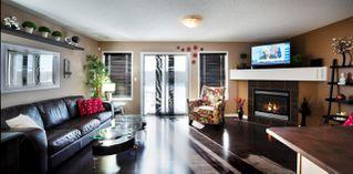 Photo 3: 9061 SCOTT Crescent in Edmonton: Zone 14 House Half Duplex for sale : MLS®# E4208467