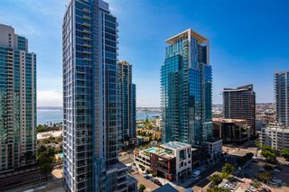 Photo 6: DOWNTOWN Condo for sale : 2 bedrooms : 1240 India Street #1707 in San Diego