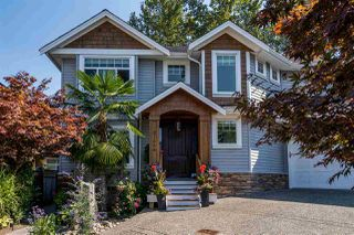 """Photo 2: 21658 92B Avenue in Langley: Walnut Grove House for sale in """"Central Walnut Grove"""" : MLS®# R2495543"""