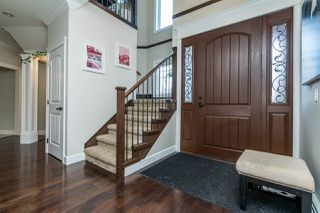 """Photo 3: 21658 92B Avenue in Langley: Walnut Grove House for sale in """"Central Walnut Grove"""" : MLS®# R2495543"""