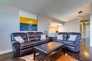 Photo 6: 75 Millbank Road SW in Calgary: Millrise Detached for sale : MLS®# A1037096