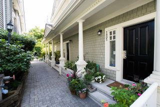 """Photo 7: 1805 NAPIER Street in Vancouver: Grandview Woodland Townhouse for sale in """"SALSBURY HEIGHTS"""" (Vancouver East)  : MLS®# R2512808"""