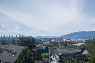 """Photo 22: 1805 NAPIER Street in Vancouver: Grandview Woodland Townhouse for sale in """"SALSBURY HEIGHTS"""" (Vancouver East)  : MLS®# R2512808"""