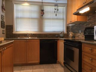 """Photo 17: 1805 NAPIER Street in Vancouver: Grandview Woodland Townhouse for sale in """"SALSBURY HEIGHTS"""" (Vancouver East)  : MLS®# R2512808"""