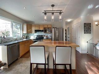 Photo 2: 1320 Lake Sylvan Drive SE in Calgary: Bonavista Downs Detached for sale : MLS®# A1045430