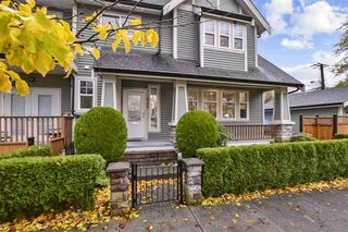 Main Photo: 620 WOODLAND Drive in Vancouver: Hastings 1/2 Duplex for sale (Vancouver East)  : MLS®# R2519132