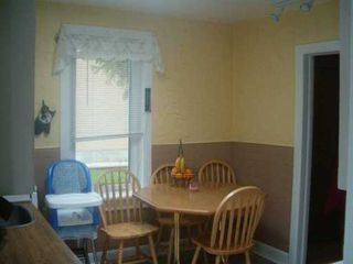 Photo 5: 688 PRINCE RUPERT Avenue in WINNIPEG: East Kildonan Single Family Detached for sale (North East Winnipeg)  : MLS®# 2708479