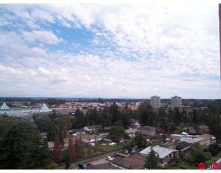 "Photo 3: 1302 14881 103A Avenue in Surrey: Guildford Condo for sale in ""Sunwest Estates"" (North Surrey)  : MLS®# F2717079"