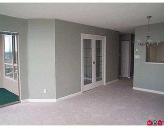 "Photo 6: 1302 14881 103A Avenue in Surrey: Guildford Condo for sale in ""Sunwest Estates"" (North Surrey)  : MLS®# F2717079"