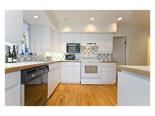 Photo 8: 3125 W 5TH AV in Vancouver: Kitsilano Condo for sale (Vancouver West)  : MLS®# V917615