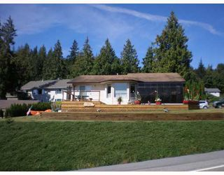 Photo 1: 6129 FAIRWAY Avenue in Sechelt: Sechelt District House for sale (Sunshine Coast)  : MLS®# V664192