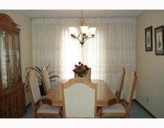 Photo 4: 148 KIRKBRIDGE Drive in WINNIPEG: Fort Garry / Whyte Ridge / St Norbert Residential for sale (South Winnipeg)  : MLS®# 2803157