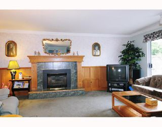 Photo 4: 26674 100TH Avenue in Maple_Ridge: Thornhill House for sale (Maple Ridge)  : MLS®# V709070