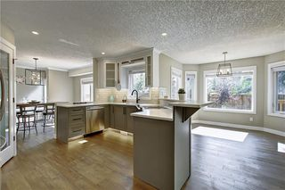 Photo 12: 277 SUNMILLS Drive SE in Calgary: Sundance Detached for sale : MLS®# C4264544