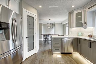 Photo 16: 277 SUNMILLS Drive SE in Calgary: Sundance Detached for sale : MLS®# C4264544