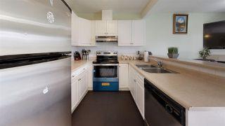 Photo 2: 5547 163 Avenue in Edmonton: Zone 03 Attached Home for sale : MLS®# E4176788