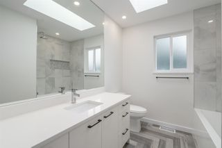 Photo 10: 1225 E 35TH Avenue in Vancouver: Knight House for sale (Vancouver East)  : MLS®# R2436468