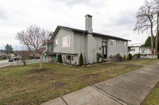 Photo 2: 1225 E 35TH Avenue in Vancouver: Knight House for sale (Vancouver East)  : MLS®# R2436468