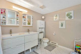 """Photo 13: 103W 3061 GLEN Drive in Coquitlam: North Coquitlam Townhouse for sale in """"Parc Laurent"""" : MLS®# R2449524"""