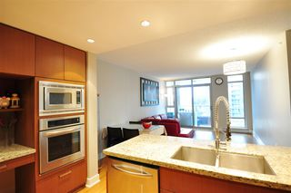 "Photo 11: 903 1155 THE HIGH Street in Coquitlam: North Coquitlam Condo for sale in ""M ONE"" : MLS®# R2470500"