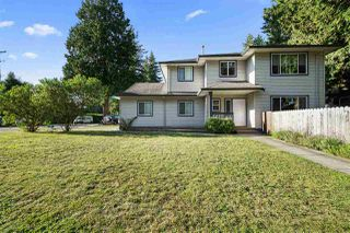 Photo 3: 11720 BONSON Road in Pitt Meadows: South Meadows House for sale : MLS®# R2480185