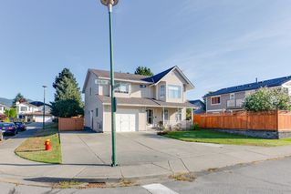 Photo 2: 2985 Shiloh Place in Coquitlam: Home for sale : MLS®# R2208991