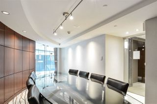 """Photo 17: 311 1383 MARINASIDE Crescent in Vancouver: Yaletown Condo for sale in """"THE COLUMBUS"""" (Vancouver West)  : MLS®# R2517946"""