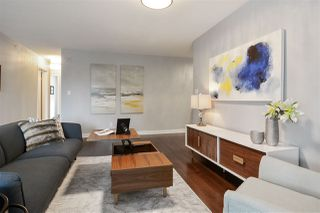 """Photo 3: 311 1383 MARINASIDE Crescent in Vancouver: Yaletown Condo for sale in """"THE COLUMBUS"""" (Vancouver West)  : MLS®# R2517946"""