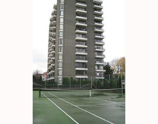 """Photo 4: 807 2370 W 2ND Avenue in Vancouver: Kitsilano Condo for sale in """"CENTURY  HOUSE"""" (Vancouver West)  : MLS®# V796883"""