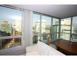 Photo 3: # 1703 588 BROUGHTON ST in Vancouver: Condo for sale : MLS®# V792587