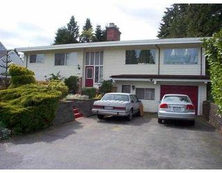 """Photo 1: 1740 BOWMAN Avenue in Coquitlam: Harbour Place House for sale in """"HARBOUR/CHINESIDE"""" : MLS®# V648346"""
