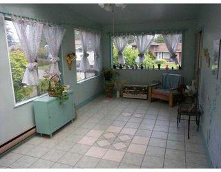 """Photo 5: 1740 BOWMAN Avenue in Coquitlam: Harbour Place House for sale in """"HARBOUR/CHINESIDE"""" : MLS®# V648346"""
