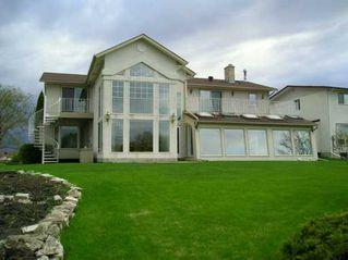 Photo 3: 195 EDGEWATER Drive in Winnipeg: Windsor Park / Southdale / Island Lakes Single Family Detached for sale (South East Winnipeg)  : MLS®# 2607705